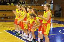 Novopacké basketbalové kadetky.