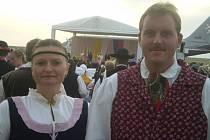 U přivítání papeže Beneditka XVI. na ruzyňském letišti i jeho odletu byli i členové bělohradského folklorního souboru Hořeňák.