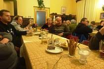 Třicet členů packé pobočky Českého svazu chovatelů drobného zvířectva se sešlo, aby zhodnotilo velice úspěšný loňský rok a nastínilo úkoly pro rok letošní.