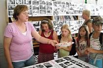 V Ostružně je ke zhlédnutí výstava o obci.