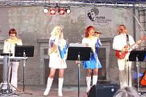 Koncert souboru ABBA Revival.