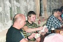 Předvánoční turnaj v kozlu ve Valdicích.
