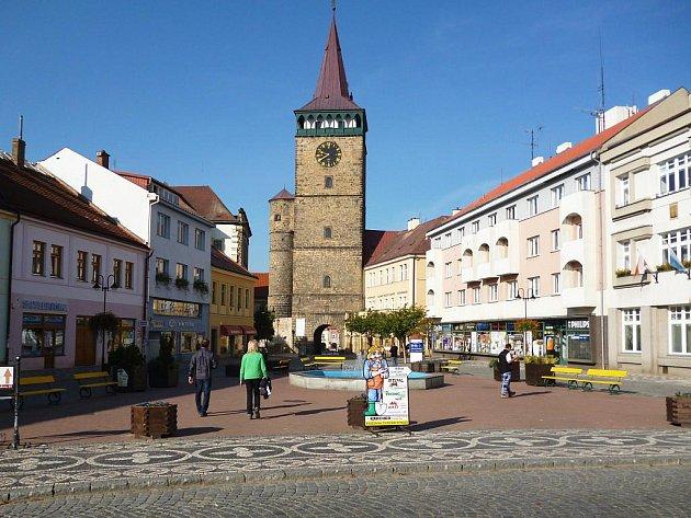 Z centra Jičína, Žižkovo náměstí, Valdická brána.