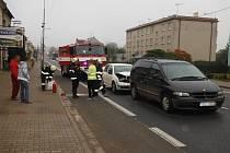 Střet automobilů v Ostroměři.
