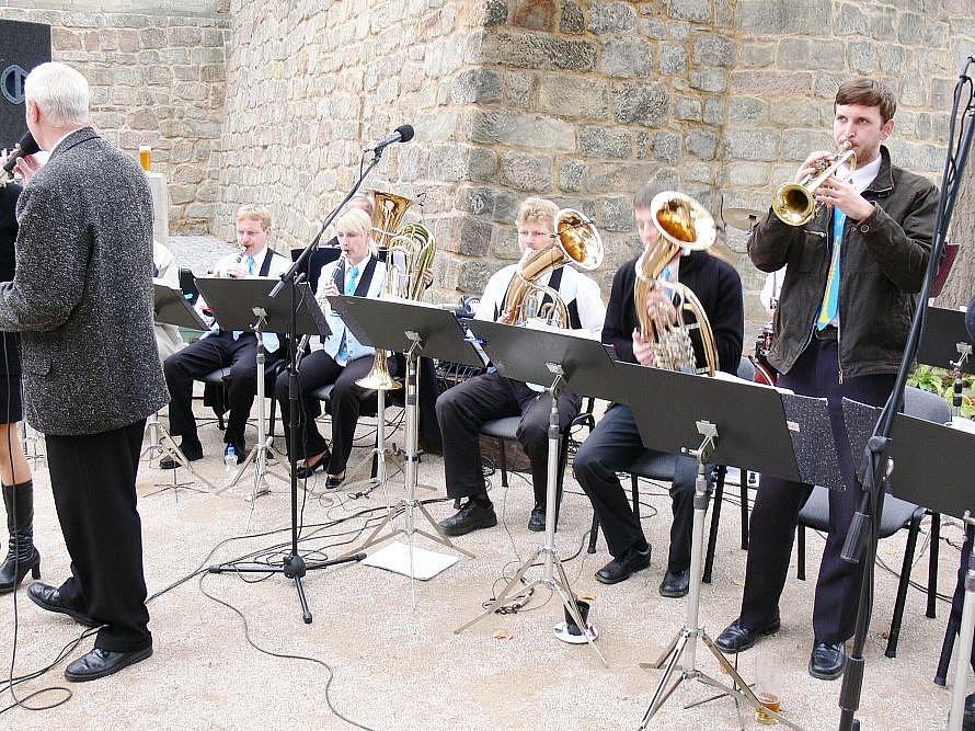 V jičínském parku koncertovala Valanka z Dobrušky.