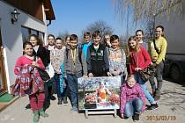 Školáci z kopidlenského přírodovědného kroužku.