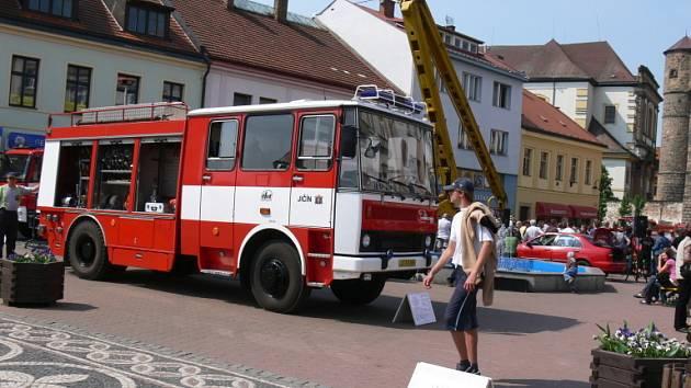 Prezentace hasičů v Jičíně.