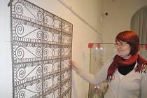 Z výstavy o drátenictví v jičínském muzeu.