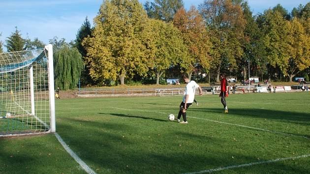 Fotbalové hřiště v Sobotce.