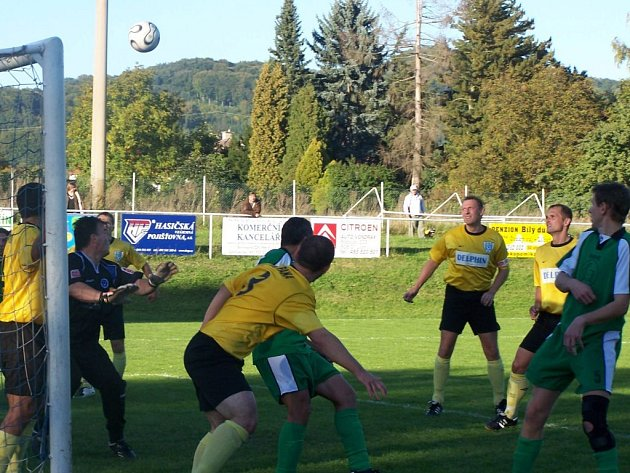 Fotbalové utkání v Železnici.