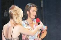 Z finále soutěže Dívka roku 2008.