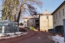 Revitalizace novopackého kláštera za 120 milionů úspěšně pokračuje. V bývalé nemocnici vznikne nové sociální centrum s navazujícími službami. Foto: ŽBB