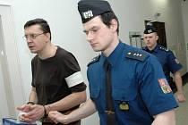 Soud s vrahem stopařky Jiřím Cimbálem z Jičína.