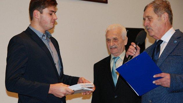 V Jičíně byli oceněni nejlepší sportovci okresu.