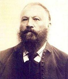 MUDr. Václav Pařík.