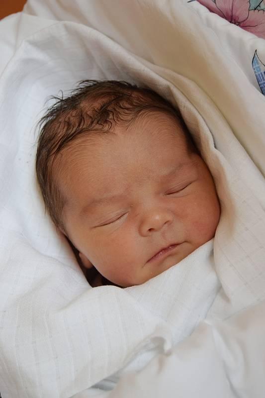 Jasmína Anastasia Boleslavová se narodila 4. října 2021 a její míry byly 3330 gramů a 47 centimetrů. Radují se z ní maminka Kateřina Machová a tatínek Ondřej Boleslav, těšili se na ni také sestřičky Emily (7 let) a Liliana (5 let). Rodina je z Turnova.