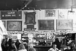Stoletý saloon.
