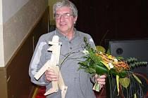 Oldřich Suchoradský s oceněním Jivínského Štefana roku 2008.