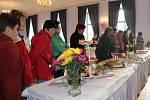 Lomnická střední škola uspořádala výstavu na téma svatba.