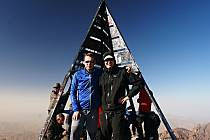 Jičínští vysokohorští turisté  a přátelé hor Ivana Pírka zdolali nejvyšší horu severní Afriky Jebel Toubkal (4167) v pohoří Atlas