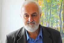 Josef Lindauer.