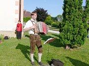 Rakouský folklorní soubor z Brunn am Gebirge.