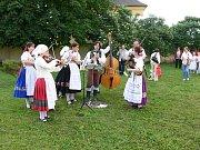 Pražský folklorní soubor Kytice.