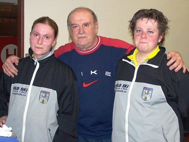 Mirek Hrdina s dcerami Lenkou (vlevo) a Martinou.