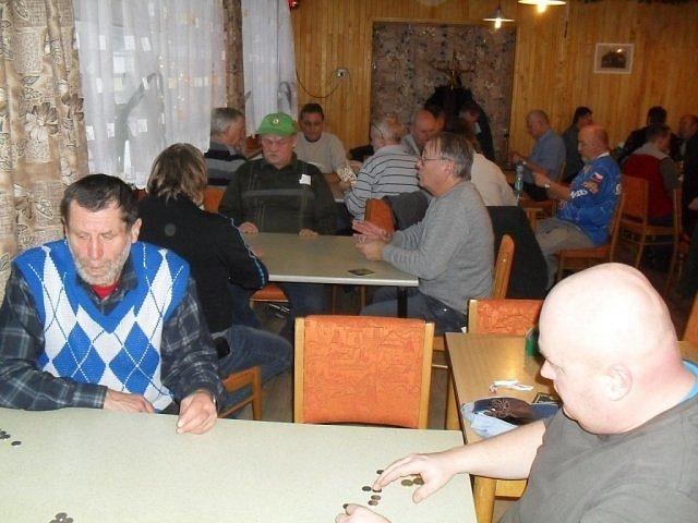 Z turnaje v mariáši v Nebákově.