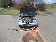 Dopravní nehoda u odbočky na Horní Lochov.