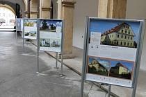 Putovní výstava o stavbách v Jičíně.