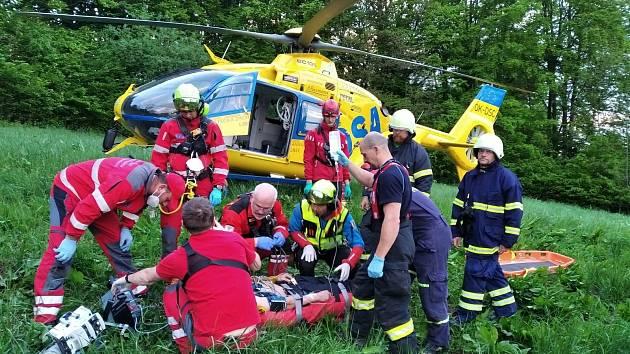 Ze skály na zřícenině Bradlec v Libereckém kraji spadl člověk