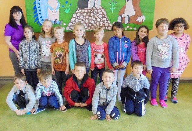 Žáci 1.třídy ze ZŠ Chomutice