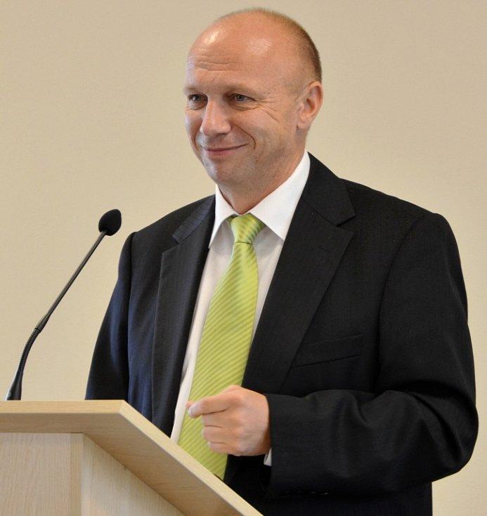 Pavel Zvolánek.