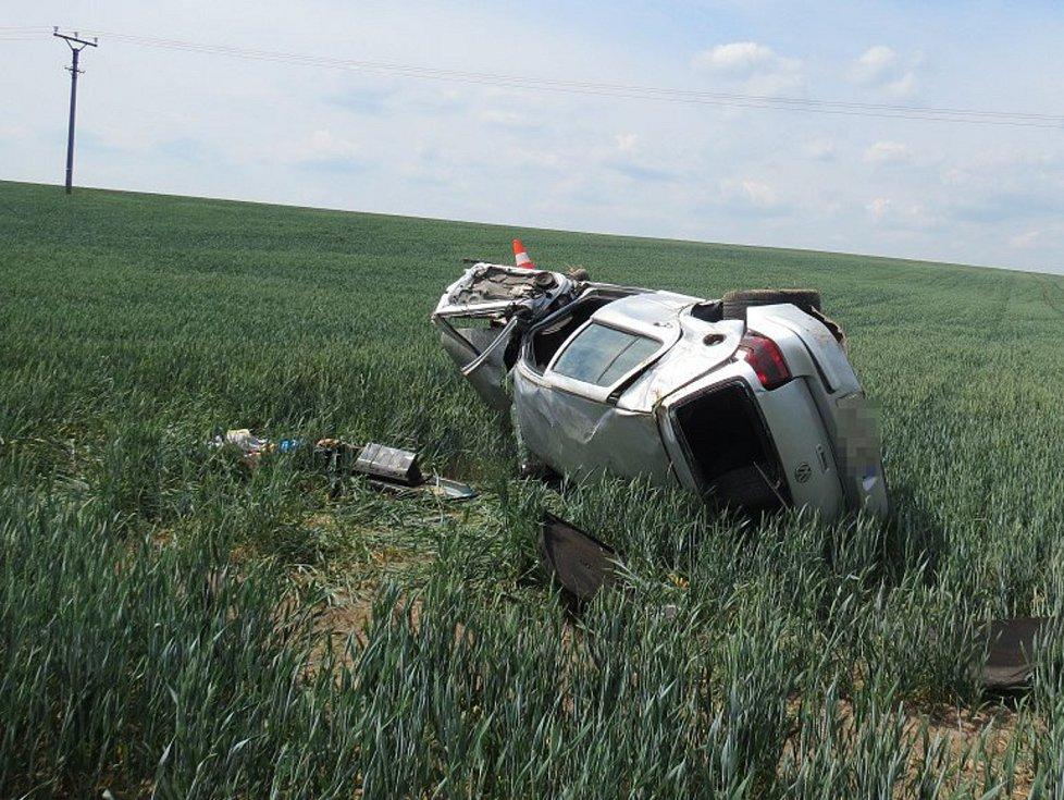 Na místě zasahovala letecká záchranná služba.