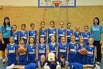 Družstvo basketbalových minižákyň U – 11.