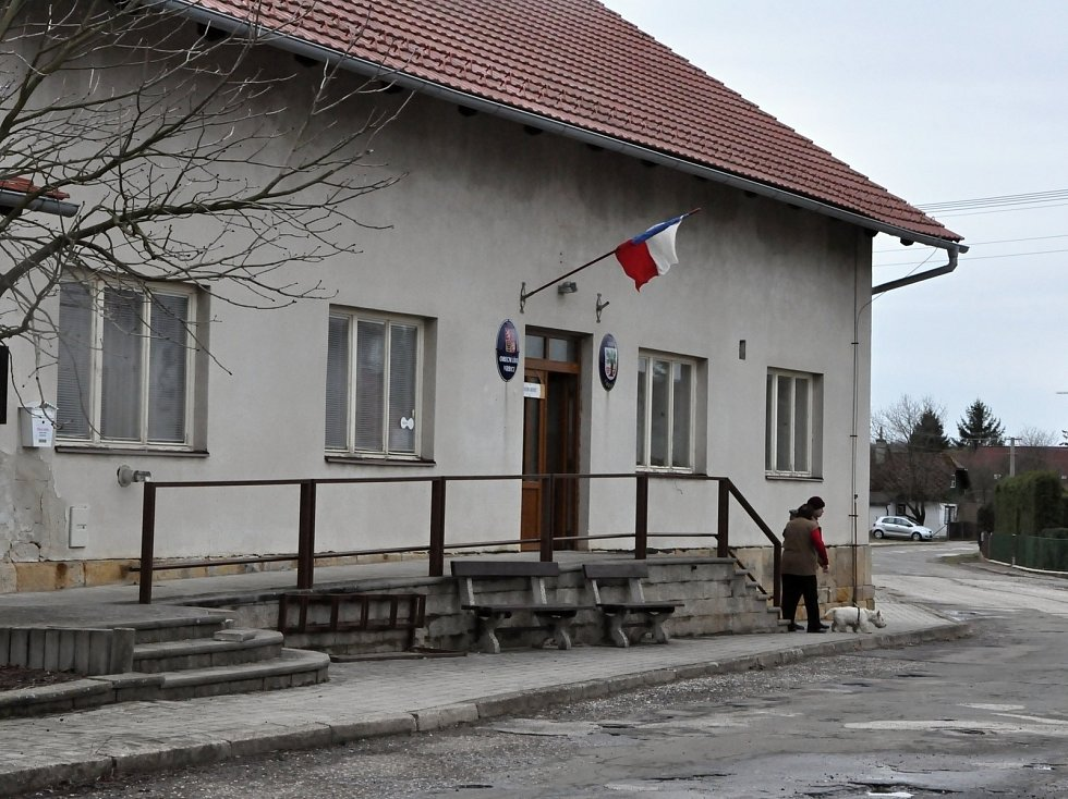 Dodatečné volby v obci Vrbice na Jičínsku.