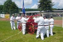 Z oslav 105 let od založení SDH Bašnice.