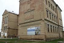 Budova kopidlenské základní školy.