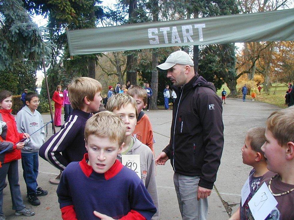 Běh 17. listopadu v Kopidlně, 18. 11. 2009.