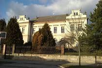 Do budovy B zemědělské školy v Riegrově ulici se přestěhovaly ekonomické obory.