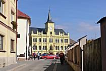 Po rekonstrukci lomnického zámku.