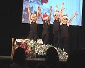 Vánoční školní akademie v Miletíně.