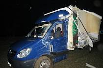 Dopravní nehoda u Tetína.