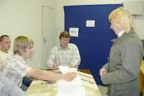 Volby v Bačalkách spojené s referendem o umístění větrné elektrárny.