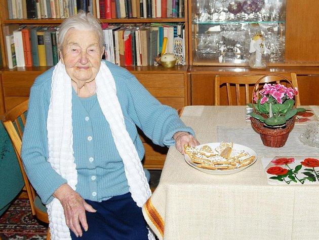 Stošestiletá Marie Fišerová z Hořic.