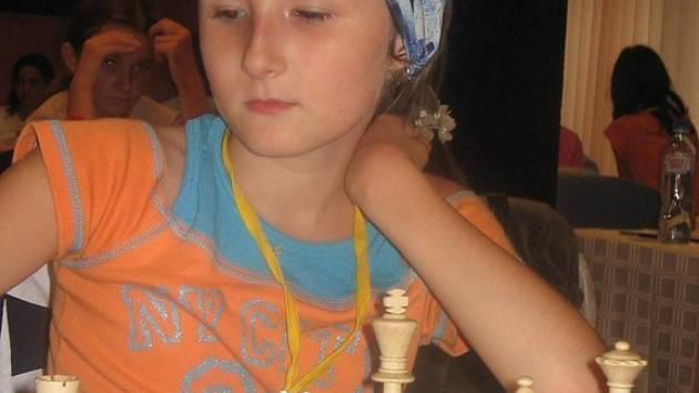 Úspěná hořická šachistka Eliška Johnová.