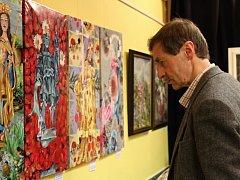 Výstavu, která prezentuje tvorbu spolku za poslední dva roky, můžete navštívit do 9. ledna.