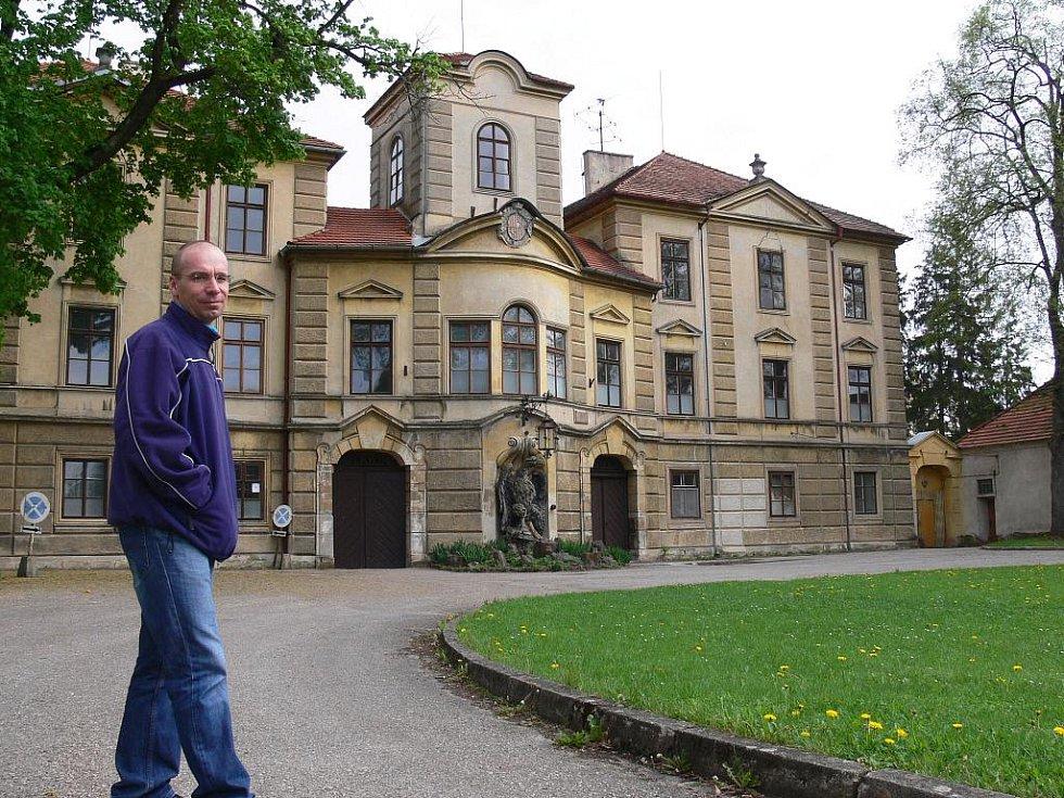 Bělohradští učni se přestěhovali ze zámku do areálu U Lva.