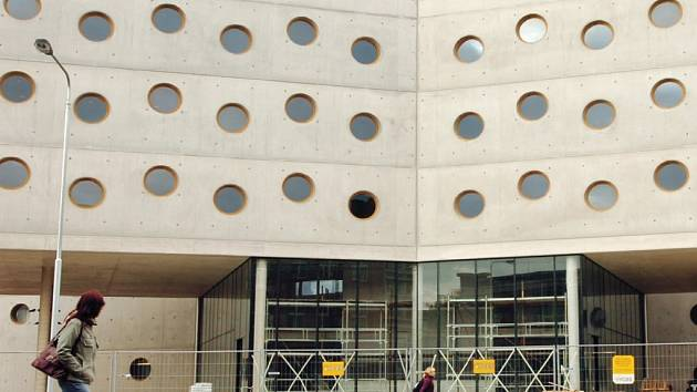 V královéhradecké nové knihovně se uskuteční konference o stavebnictví.